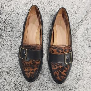 NATURALIZER Melanie Leopard Print Loafers